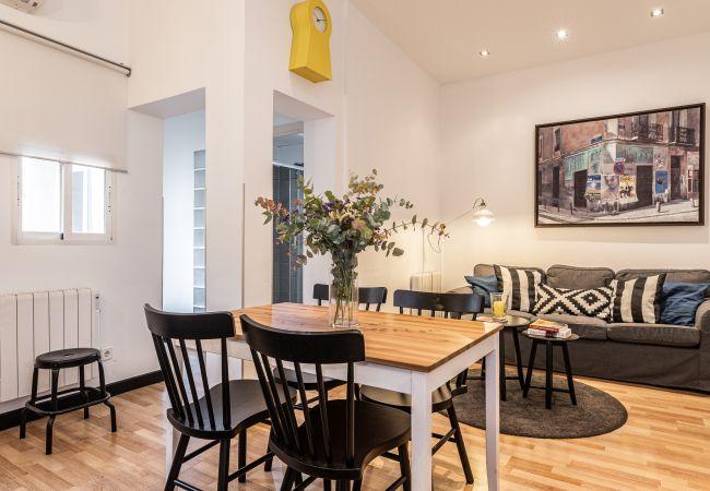 Apartamento en Madrid - BNBHolder Charming Group SOL